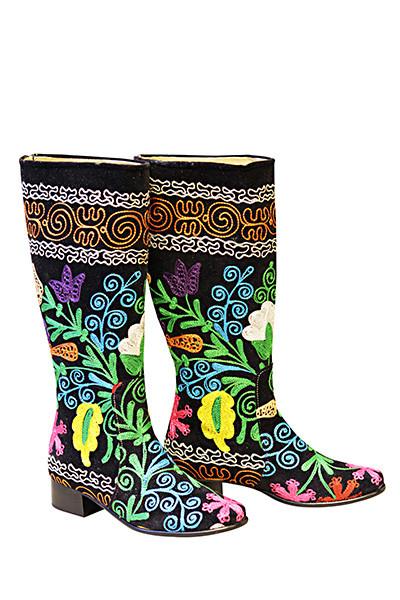Scarlet Camelia Kilim Boots